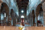 sotto il monte, abbazia fontanella_interno